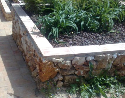 stone_vegetable_bed